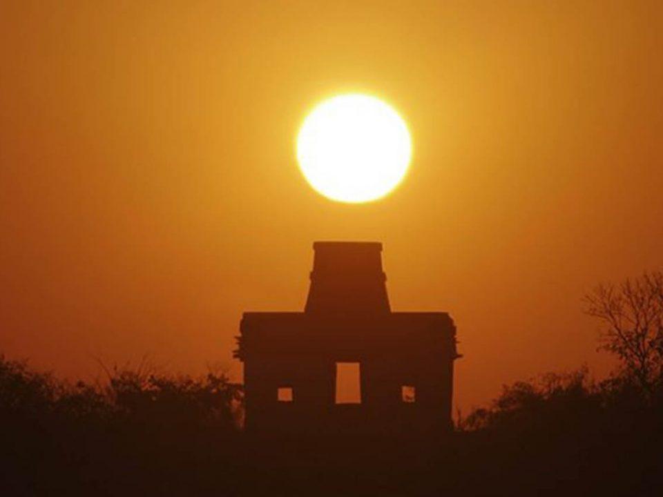 """Inicia en Yucatán el """"Sol en el cenit"""", fenómeno que desaparece la sombra"""